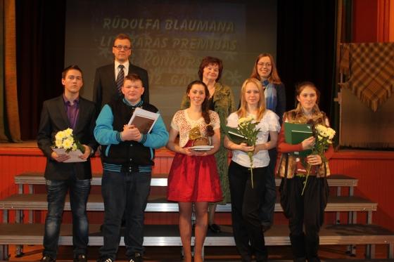 Konkursa laureāti un G.Velcis, G.Jablovska, I.Švarca