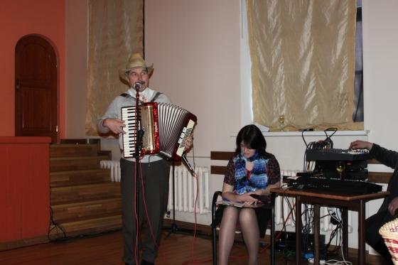 Akordeonists Uldis Vabulis un Kristīne Klētniece-Sika